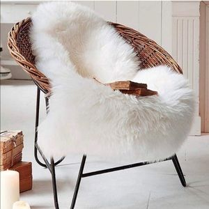 NEW Soft Faux Sheepskin Area Rugs